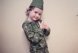 В канун праздника Дня Победы солдатская пилотка может стать хорошим подарком к празднику.
